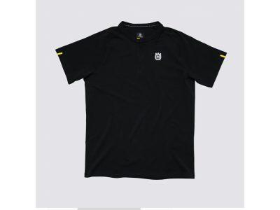 Черна тениска с лого.