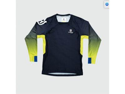 Синьо-жълта детска блуза с надпис.