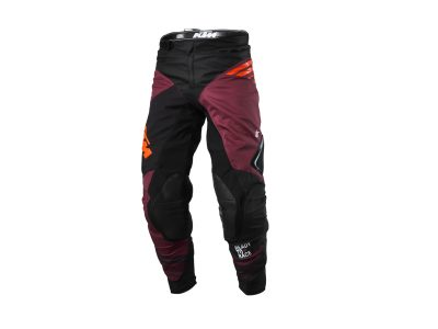 Черно-лилав панталон с лого.
